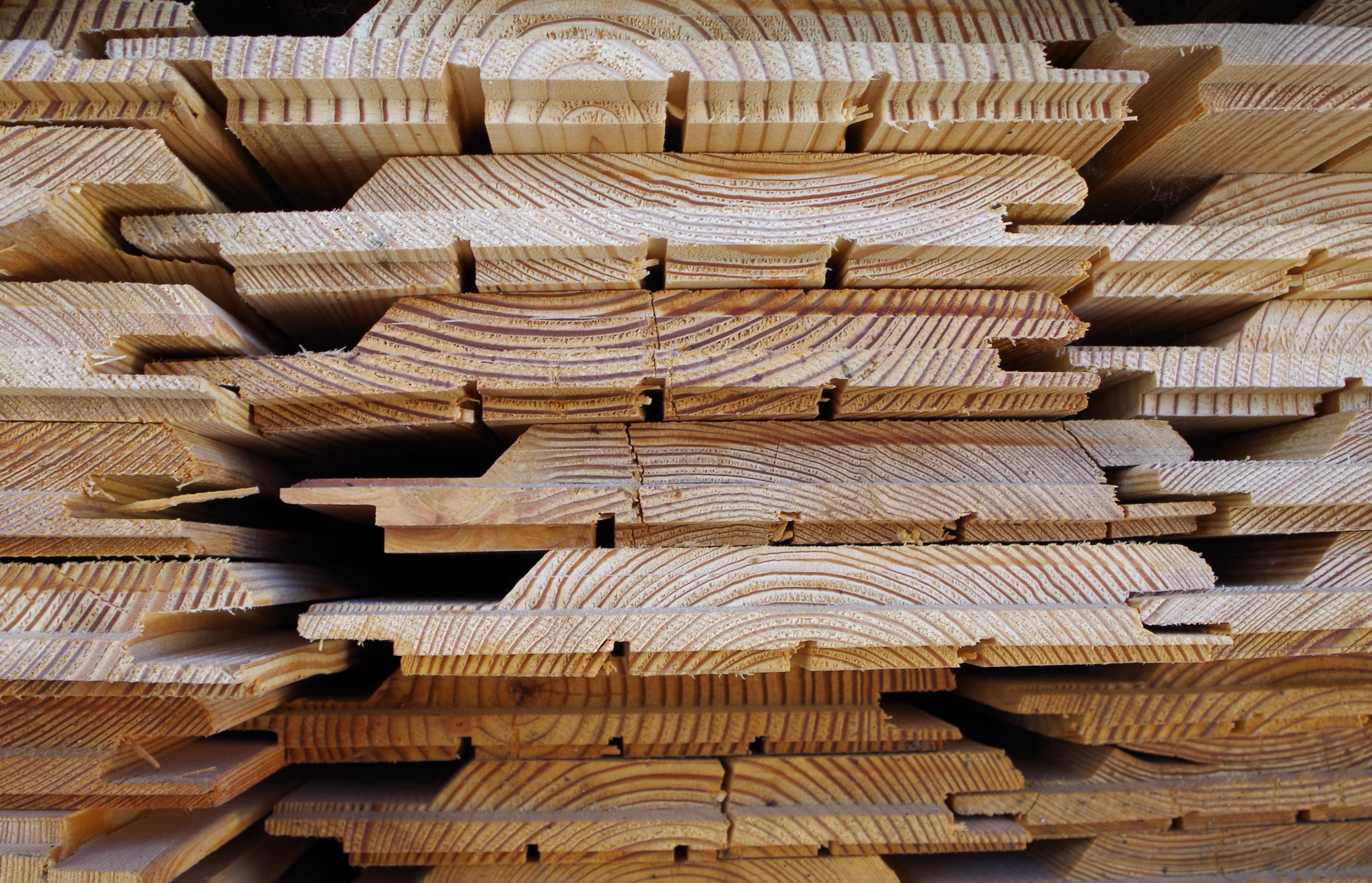 //www.teamwoodtimber.com/wp-content/uploads/2015/05/TW-92988-LARCH-21x132x4-FRENCH-1.jpg